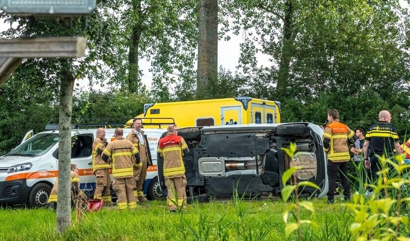 <p>&bull; De bestuurster van de gekantelde auto was mogelijk onwel geraakt.</p>