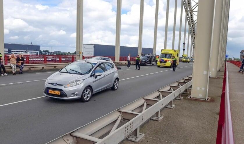 <p>&bull; Het was de derde &nbsp;botsing op de brug, in nog geen week tijd.</p>