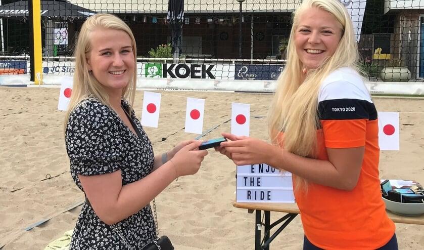 Raïsa Schoon met haar voormalige partner Britt den Haan, met wie ze vele malen Nederlands kampioen werd bij de jeugd.