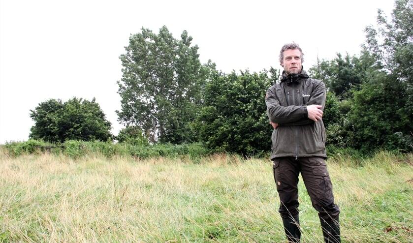 • Regiobeheerder Rense Kragten van het Zuid-Hollands Landschap voor het 'Bosje van Wageningen'.