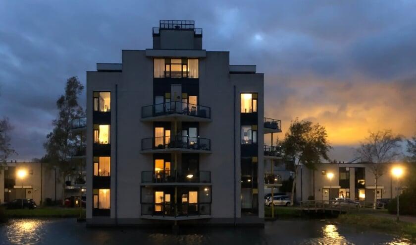 <p>• Voor Theo Krins is dit gebouw een blikvanger in Goverwelle</p>