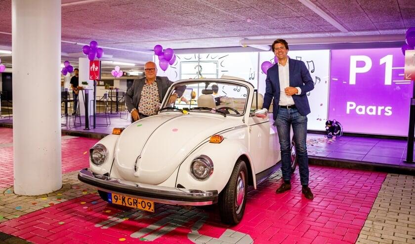 <p>Wethouder John van Engelen (links) en managing director Pieter Polman van Wereldhave (rechts) hebben intensief samengewerkt aan de vernieuwing.</p>