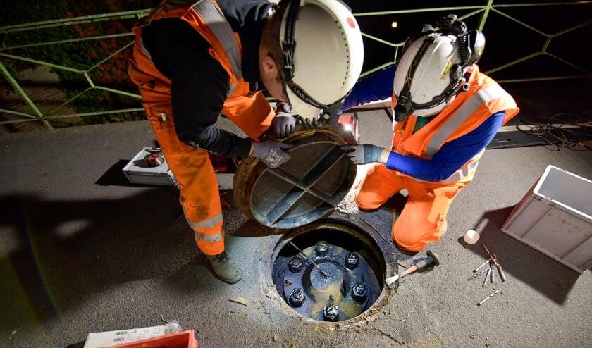 Montfoort 21-09-2021 Inspectie van de brug over de Hollandsche IJssel door VolkerWessel