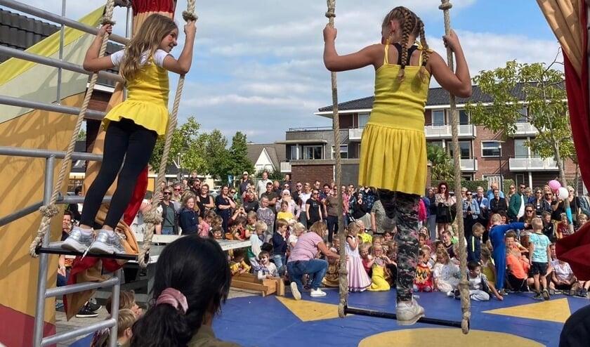 <p>De feestweek is gestart met een circusdag onder leiding van circus TaDaa. </p>