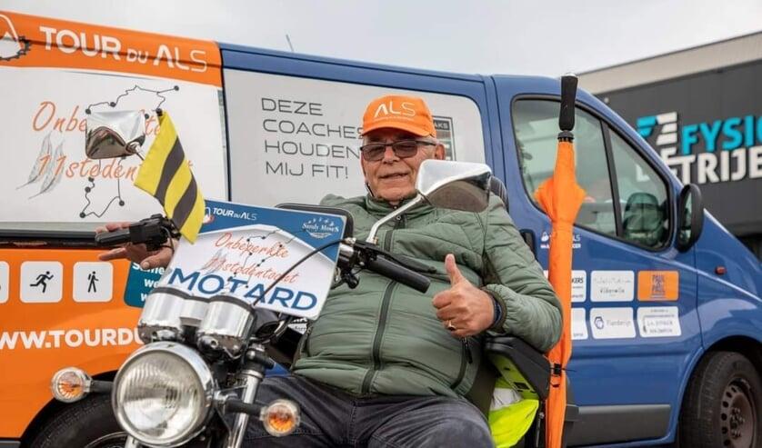 • Hans Schalkwijk tijdens de Onbeperkte Elfstedentocht.