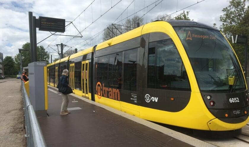 <p>De tijdelijke tramhalte in Nieuwegein-Centrum krijgt een anti-sliplaag. </p>