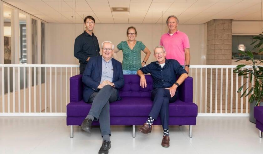 Het Vriendenbestuur in de nieuwe samenstelling, met v.l.n.r. Max Remerie, Govert Veldhuijzen, Myra Kleiweg, Job van Niftrik en Wim Bartelts.