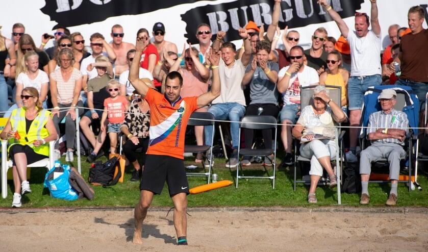 <p>• Nederlands kampioen Wouter van Midden.</p>