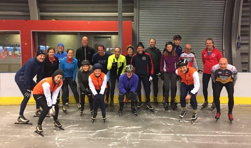 • Enkele recreanten en toerschaatsers van IJssportvereniging Alblasserwaard.