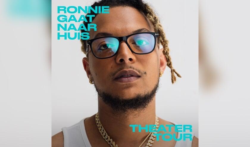 <p>Met een intieme muziekvoorstelling staat Ronnie Flex op zaterdag 9 oktober in DE KOM. </p>