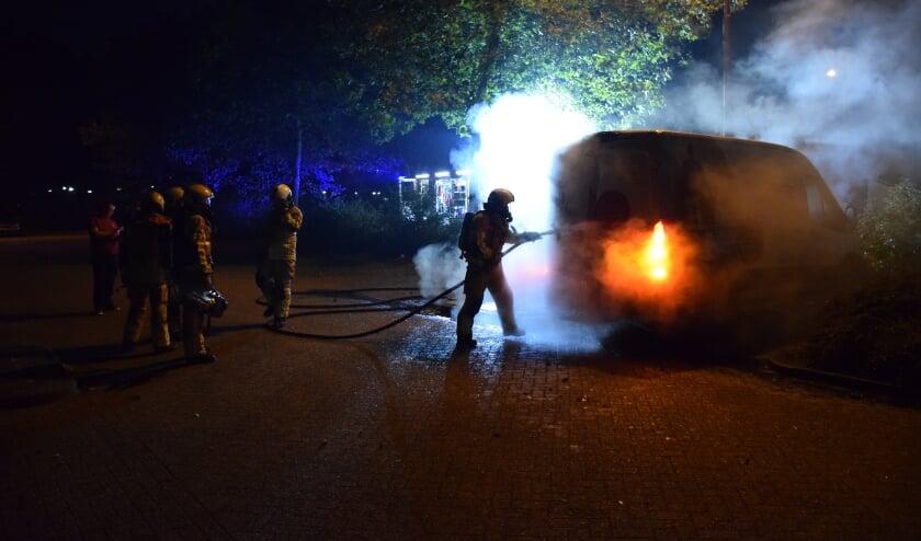 <p>De brand was snel uit, maar de schade aan de bus is enorm. </p>