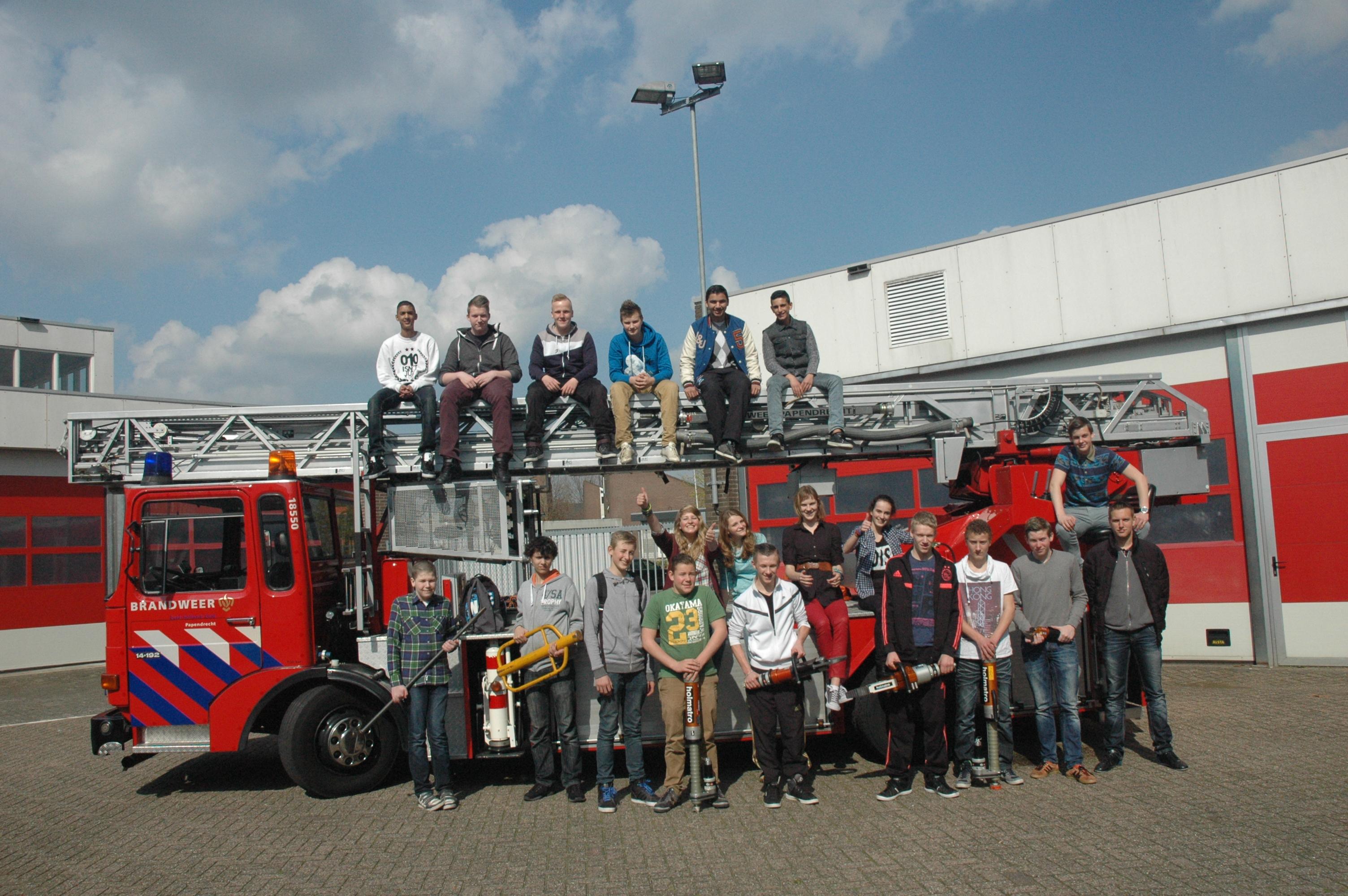 Maatschappelijke stage bij de brandweer Papendrecht