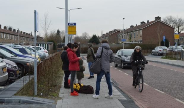 <p>Bushalte Steenbergplein in Dronten.</p>