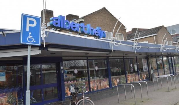 <p>De Albert Heijn in Swifterbant is vandaag tot negen uur geopend.</p>