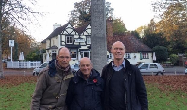 Gert Talens bij zijn bezoek aan Engeland samen met Adrian en Simon Kitchen