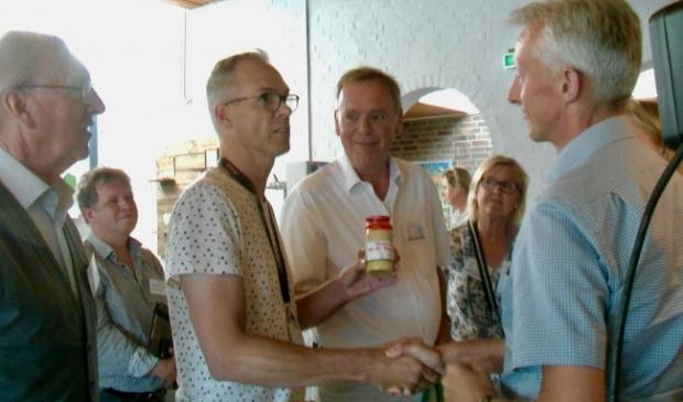 Ap de Boer en Paul Kemps (midden) als actievoerders.