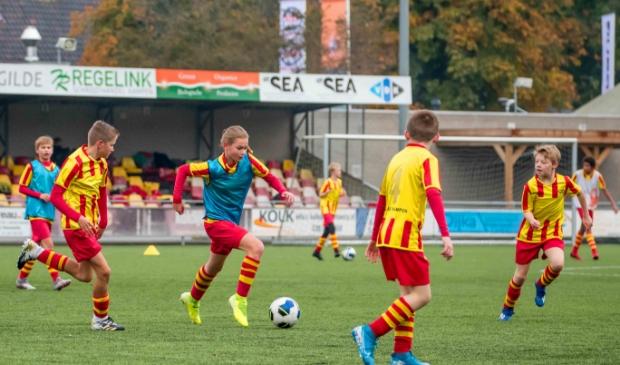 <p>Bij Go-Ahead werd zaterdag door de jeugd een onderling toernooitje afgewerkt.</p>