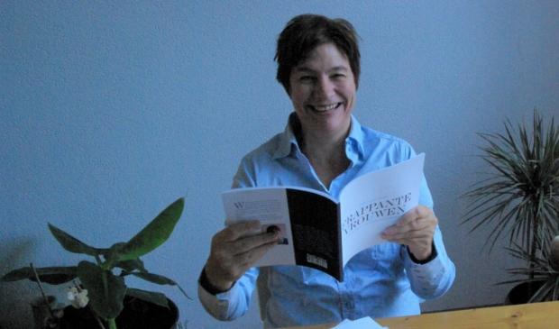 <p>Erika Schuuring schreef 'Frappante vrouwen'.</p>
