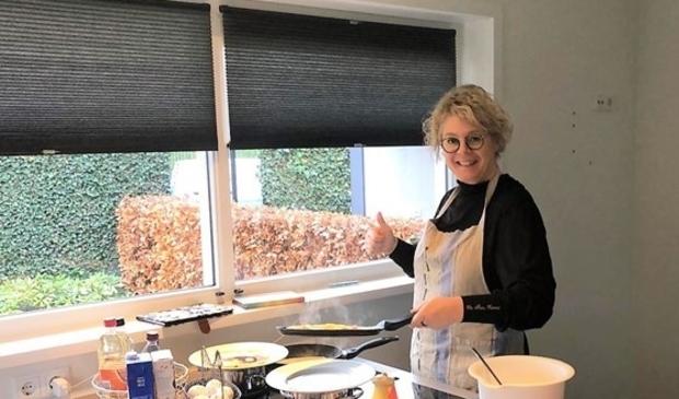 Margriet Brouwer stond al vroeg achter de koekenpannen .