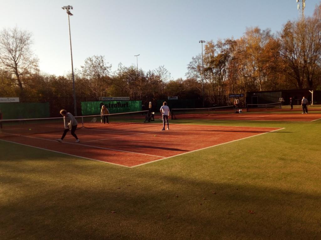 OldStars tennis bij ZTC De Pelikaan Mark de Rooij © brugmedia