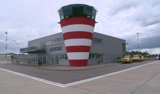 <p>Vliegveld Lelystad</p>