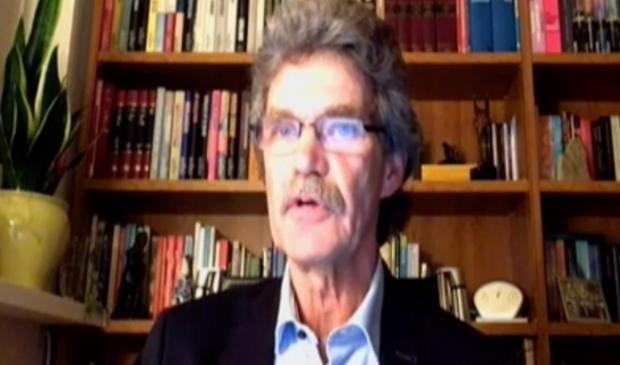 Theo Vulink (VVD) tijdens de digitale vergadering van donderdag.