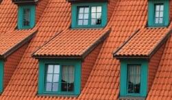 Wat moet je doen als je dakkapel lek is?