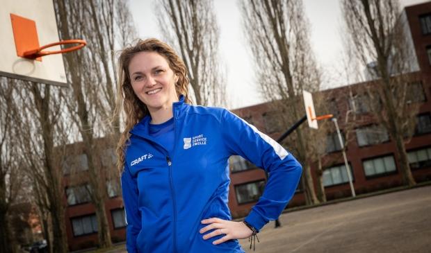 <p>Sharon de Witte van SportService Zwolle is de buurtsportcoach van het jaar 2020.</p>