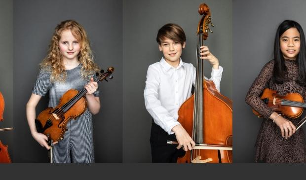 Orkestleden van het Britten, Luuk, Luna, Noek en Nica poseren voor de campagne 'Welk instrument kies jij?'