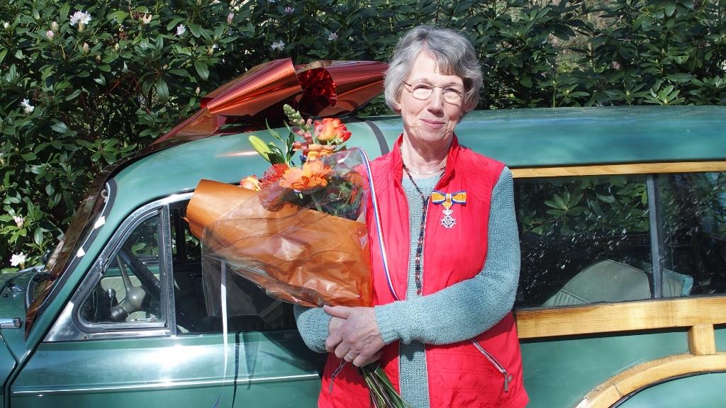 <p>Mevrouw Janneke Weishaupt-Kruizinga</p> .