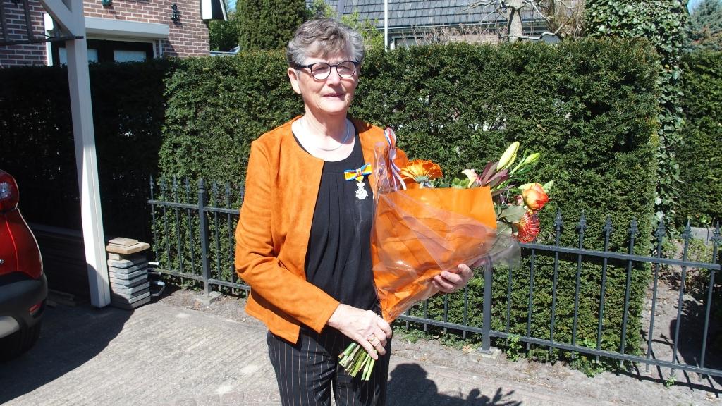 <p>Mevrouw&nbsp;<strong>Aaltje Nijmeijer-Van de Vosse</strong></p> .