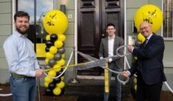 Burgemeester Bort Koelewijn opent Meester en Meester