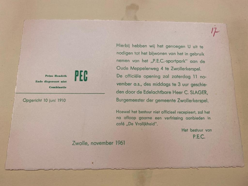 <p>Uitnodiging van het P.E.C.-bestuur uit 1961</p> Bron: Historisch Centrum Overijssel