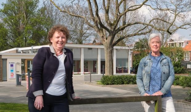 <p>Hermien van Helsdingen van Stichting Terminale Thuiszorg Kampen (l) en Mieke Voswijk van ZwolleDoet!</p>