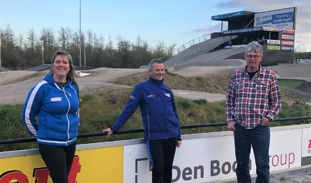 <p>Vlnr: Magda Visch, Johan Dorgelo en Henkjan Bakker.&nbsp;</p>