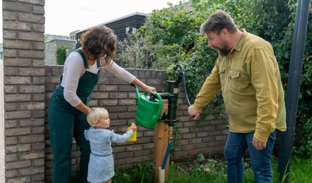 Gezin bij Duurzame Huizen Route