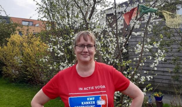 Petra Meijer met actie shirt.
