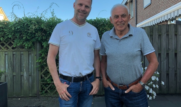 <p>Hans van Dijkhuizen (l) en Gerrit Bredewold</p>