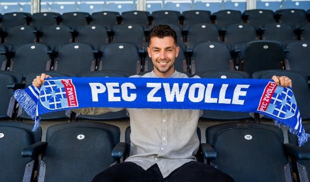 Doelman Jasper Schendelaar is overgekomen van AZ.