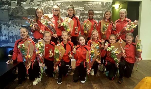 <p>De meiden van MO13 van Go-Ahead Kampen stonden vorig jaar in de Eregalerij.&nbsp;</p>