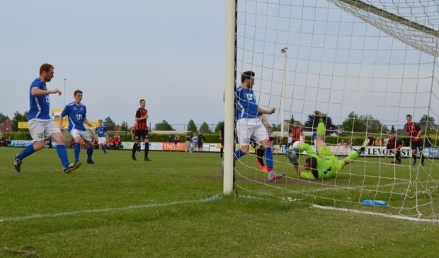 Reaal Dronten - BAS Voetbal