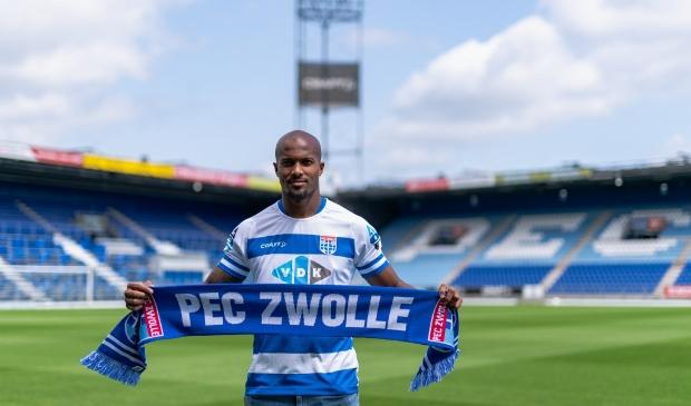 <p>Gervane Kastaneer is de nieuwste aanwinst van PEC Zwolle.</p>