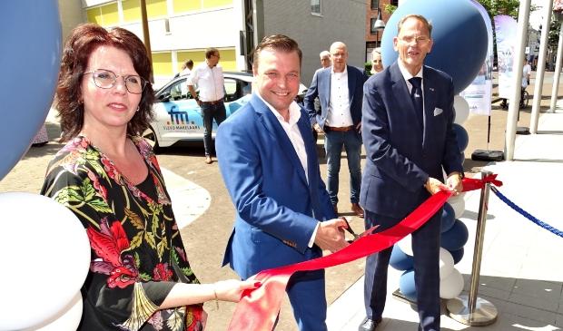 <p>V.l.n.r.: Sharon de Lely, Wim van der Es en Hans van Dijk</p>