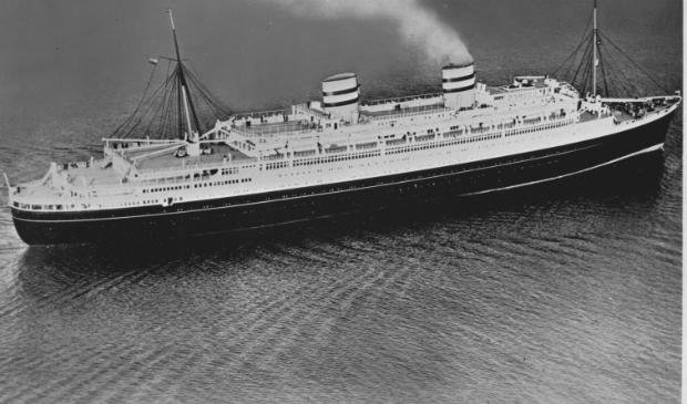 Repatriëringsschip SS Nieuw Amsterdam.
