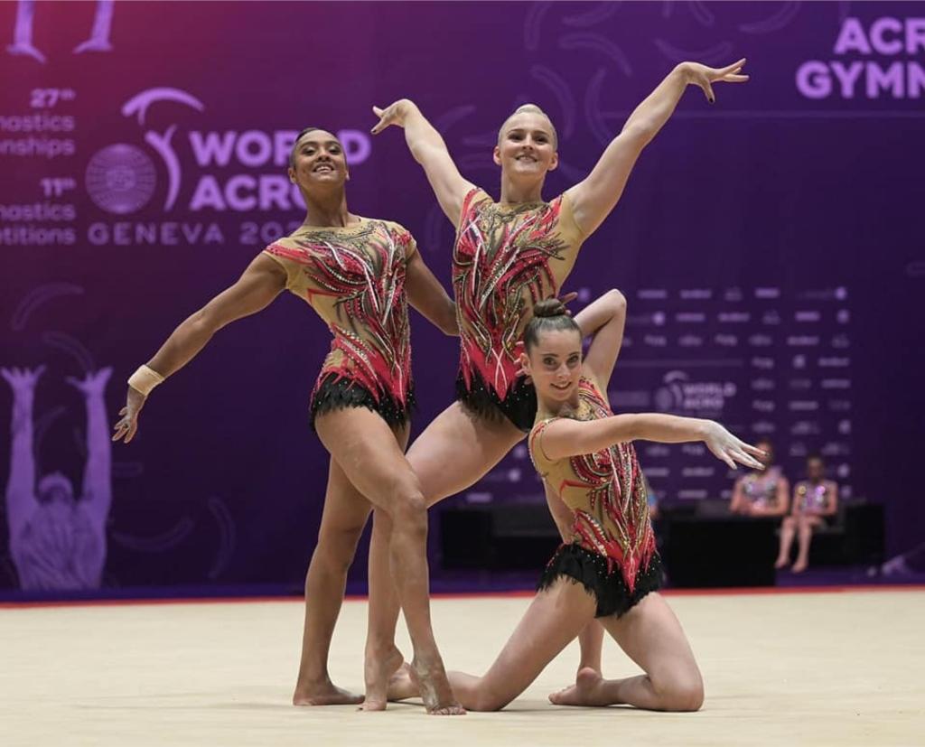 Ratna Hulleman, Romy Zwiers, Noa van Walderveen  Sportacrobatiek-zwolle  © brugmedia
