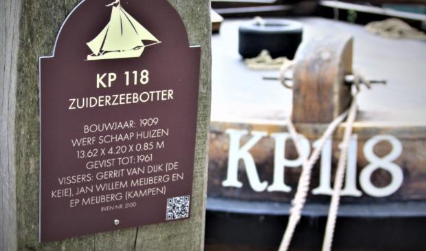 informatie bordje op de meerpaal van de KP118