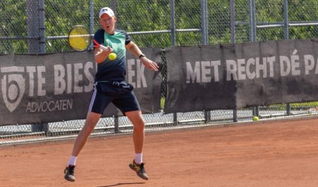 <p>&#39;De terugkeer van toernooitennis&#39; op de Stadshagen Open van TC &#39;91.</p>