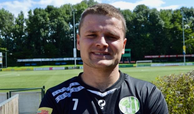 Jeroen van der Meer scoorde twee keer voor Asv Dronten.