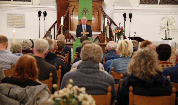 Ds. Rinus van Warven in de Lutherse Kerk.