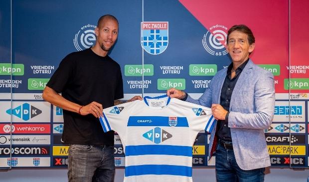 Ryan Koolwijk met technisch manager Mike Willems.